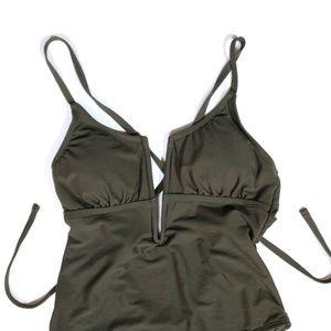 Shade & Shore Swim - NWOT Shade & Shore Medium Plunge Swim Suit
